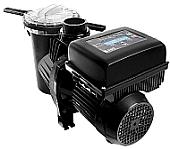 SACI E-winner okos medence állítható sebességű szűrőszivattyú, a beépített vezérlő tábla segítségével, állítható a medenceszűrés működési ideje, figyelmeztető LED jelzések, szkimmer vízáramlás figyelés, beépített biztosítékok, medence világítás vezérlés, só-bontó készülékekkel kompatibilis, szűrés/keringtetés vezérlés, gazdaságos üzem