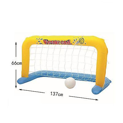 Vízi, felfújható játék, PVC kézilabda kapu, műanyag nylon háló felnőtteknek és gyermekeknek, csakis otthoni felhasználásra, közösségi használatra nem engedélyezett PVC kapu, Nejlon háló, vízben, labdával együtt történő használatra tervezték Leírás: Anyag: PVC műanyag, nejlon háló Nettó súly: 0,7kg Termékméret: 137cm x 66cm Csomagolási méret (kb.): 20 x 20 x 5,5 cm Csomagolás: egyszínű dobozos csomagolás