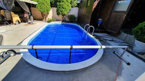 Meglévő PP medence, Elbtal kék márványmintás medencefóliázása